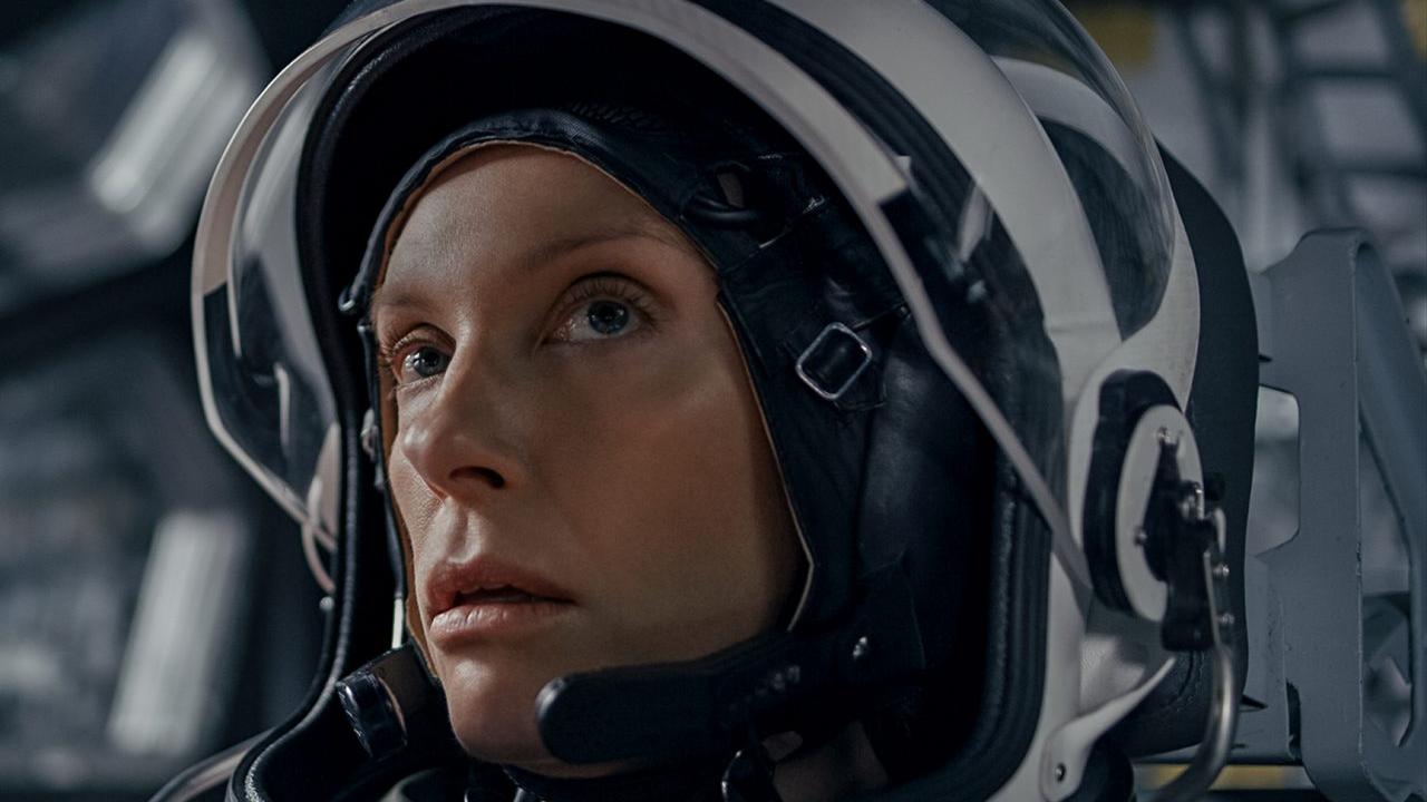 suspense de ficção científica STOWAWAY chega à Netflix em abril de 2021 toni collette