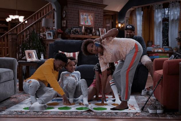 netflix sitcom os uphaws chegarão ao netflix em maio de 2021 família upshaw